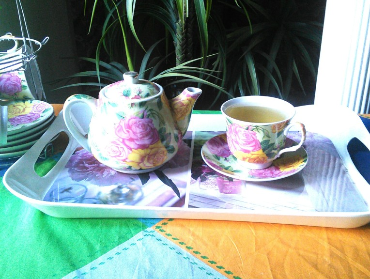Life is like a tea cup,  to be filled to the brim and enjoyed with friends ...